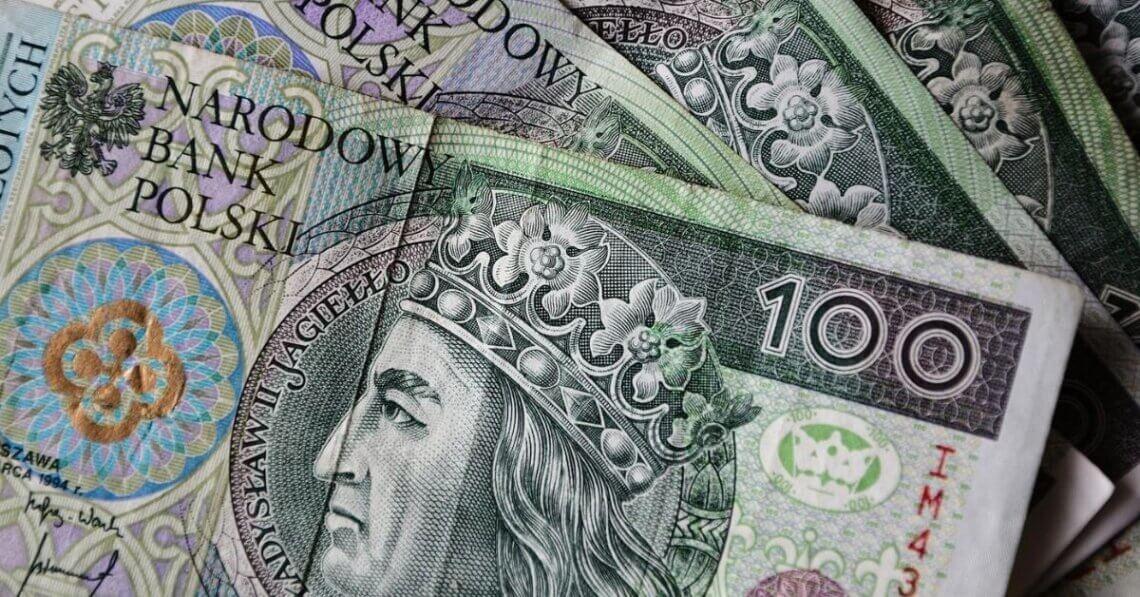 zobrazowanie dużych pieniędzy